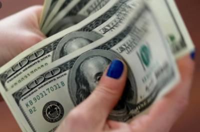 انٹر بینک میں ڈالر 5 پیسے مہنگا، سٹاک مارکیٹ میں 190 پوائنٹس اضافہ