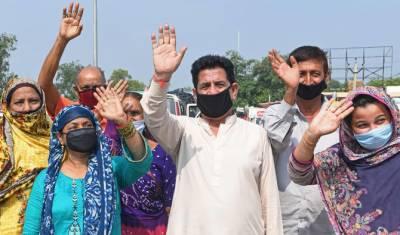 بھارت میں پھنسے مزید 75 پاکستانی وطن واپس پہنچ گئے