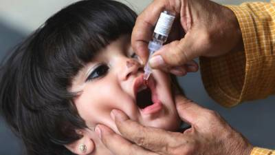 بڑھتے پولیو کیسز: عالمی ادارہ صحت کی پاکستان پر عارضی سفری پابندیوں میں 3 اکتوبر تک توسیع