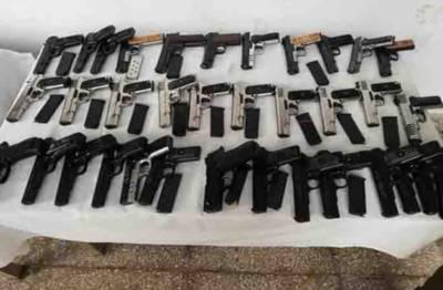 پشاور،ایکسائز پولیس کی کارروائی، غیرقانونی اسلحہ وجعلی کرنسی برآمد