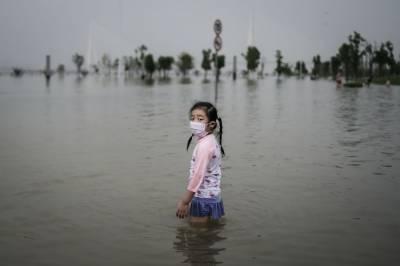 چین میں شدید بارشوں سے آنیوالے سیلاب سنے تباہی مچادی، کروڑوں افراد متاثر