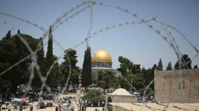 پولیس کے پہرے میں صہیونی آبادکاروں کی مسجد اقصیٰ کی بے حرمتی