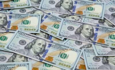 ڈالر مزید مہنگا، امریکی کرنسی 167 روپے 60 پیسے کی بلند ترین سطح پر پہنچ گئی