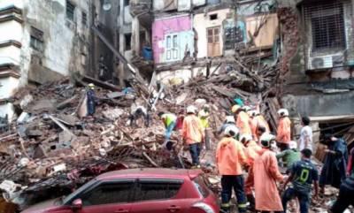 ممبئی میں پانچ منزلہ عمارت کا ایک حصہ گرگیا،چارافراد ہلاک