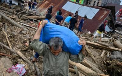 انڈونیشیا: سیلاب اور لینڈ سلائیڈنگ سے 30 افراد ہلاک