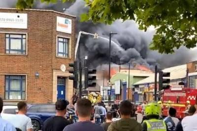 لندن:پارک رائل فلیٹس میں آگ لگ گئی