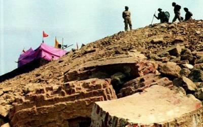 بابری مسجد کی جگہرام مندر کا سنگ بنیاد: تقریب سے قبل پجاری اور سکیورٹی اہلکار کورونا کا شکار