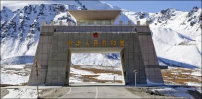 پاکستان، چین میں خنجراب کے راستے سے تجارت بحال ہوگئی ہے۔ عبدالرزاق داؤد