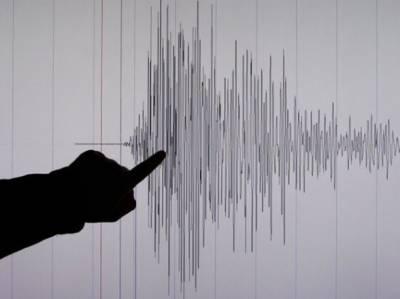 انڈونیشیا کے جزیرہ سومبا کے قریب 5.5 شدت کا زلزلہ