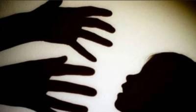 سوتیلی ماں نے 6 سالہ بیٹی کو گلا دبا کر قتل کر دیا