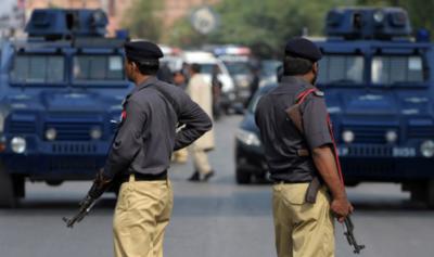 کراچی: پولیس اہلکاروں کی 'غلط فہمی' پر فائرنگ، ایک شخص جاں بحق