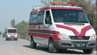 ساہیوال میں بس الٹنے سے چار افراد جاں بحق ، متعدد زخمی