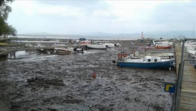 یونان میں طوفانی بارشوں نے تباہی مچادی