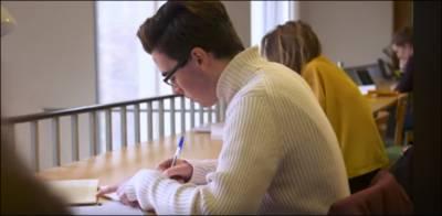 سارا سال محنت کرنے والے طلبہ کی 40 فی صد ڈاؤن گریڈنگ، مستقل کو ناقابل تلافی نقصان