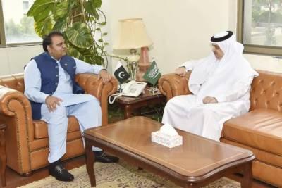 وفاقی وزیر فواد چوہدری سے سعودی سفیر نواف بن سعید المالکی کی ملاقات
