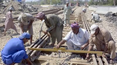 پاکستان ریلویز نے گزشتہ 2برس کے دوران بحالی اور ترقی کے 10منصوبے مکمل کئے