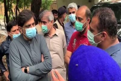 کراچی :کراچی میں بارش، وزیراعلیٰ سندھ کا مختلف علاقوں کا دورہ، پانی کی نکاسی کا جائزہ