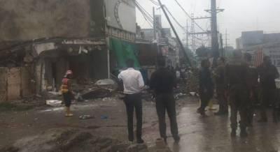 لاہور:نجی بینک کی عمارت گرنے سے 6 افراد زخمی