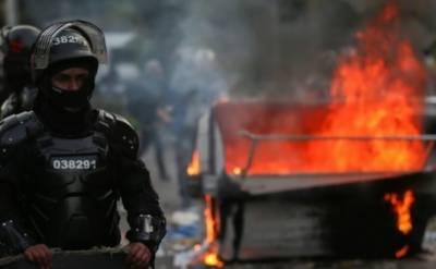 کولمبیا: پولیس کے ہاتھوں شہری کی ہلاکت کےخلاف احتجاج کے دوران 7 افراد ہلاک