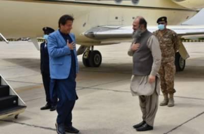 وزیرِ اعظم عمران خان کوئٹہ پہنچ گئے