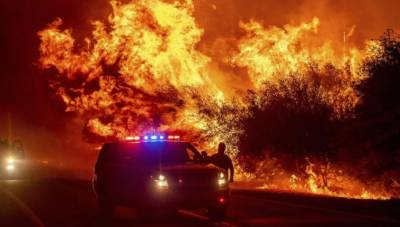 امریکا میں جنگلات میں لگی آگ سے تباہی، ہلاکتیں 33 تک پہنچ گئیں