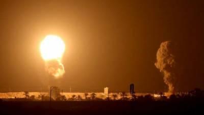 اسرائیل کے طیاروں نے متحدہ عرب امارات اور بحرین سے تعلقات قائم کرنے کے لیے معاہدے پر دستخط کے ایک روز بعد ہی غزہ پر بمباری کردی