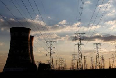 فیول پرائس ایڈجسٹمنٹ کی مد میں اگست کیلئے بجلی 98پیسے فی یونٹ مہنگی کیے جانے کا امکان