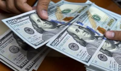 اوپن مارکیٹ میں ڈالر ایک روپیہ سستا
