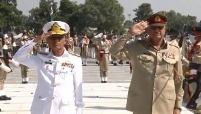 آرمی چیف اور بحریہ کے سربراہ کا پیشہ وارانہ امور پر تبادلہ خیال
