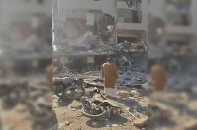 کراچی : گلشن اقبال میں چار منزلہ عمارت میں دھماکہ ، متعدد افراد زخمی