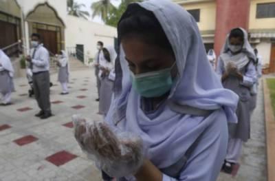 پاکستان میں کورونا وائرس کی دوسری لہر شروع، سخت پابندیاں لگنے کا امکان