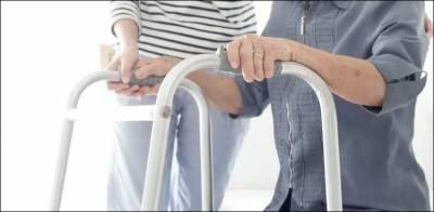 فالج سے بچاؤ کا دن: معمولی سی حرکت بڑھاپے میں فالج سے بچا سکتی ہے
