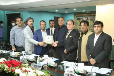 لاہور چیمبر آف کامرس اور پنجاب ایمرجنسی سروسز کے اشتراک سے ''فائر سیفٹی'' سے متعلق لاہور چیمبر میں آگاہی سیشن کا اہتمام کیا گیا۔