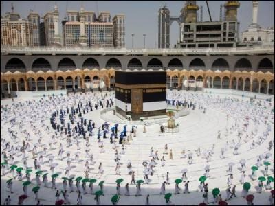 عمرہ بحالی:4 لاکھ معتمرین کی مسجدِ حرام میں نماز ادائیگی
