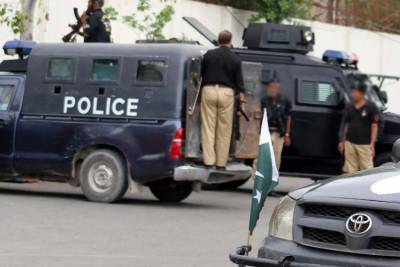 کراچی: کورنگی اور معمار میں پولیس مقابلے، 1 ڈاکو ہلاک، 3 زخمی