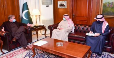 پاکستان کویت کے ساتھ بہترین سیاسی تعلقات کو مضبوط اقتصادی شراکت داری میں بدلنے کا خواہاں ہے:وزیر خارجہ