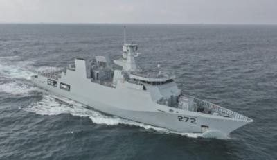جدید جہاز 'پی این ایس تبوک' کی پاک بحریہ کے بیڑے میں شمولیت