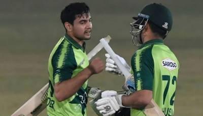 دوسرا ٹی ٹوئنٹی: پاکستان کی ابتدائی بیٹنگ لائن ایک بار پھر لڑکھڑا گئی