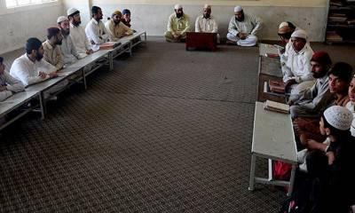 خیبرپختونخوا : کورونا کے باعث دینی مدارس میں تدریسی سرگرمیوں پر پابندی عائد
