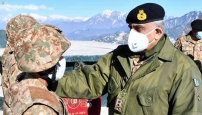 بھارتی فوج کی کسی بھی مہم جوئی کا منہ توڑ جواب دیا جائے گا: آرمی چیف