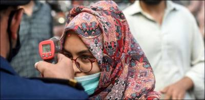 ملک بھر میں کورونا کے مثبت کیسز میں کراچی پہلے نمبر پر، شرح 15.77 فیصد تک جاپہنچی