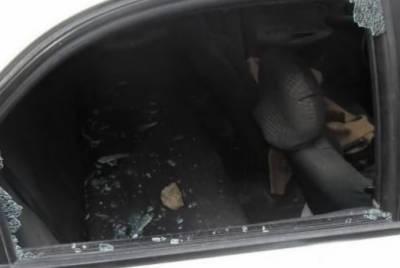 یہودی آباد کاروں کے فلسطینیوں کی گاڑیوں پر حملے