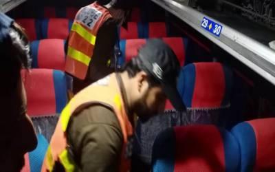 ملتان سے پشاور جانے والی بس میں فائرنگ، 2 افراد جاں بحق