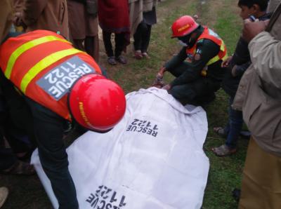 پسرور کینٹ پھاٹک پر ٹرین کی زد میں آ کر دھیر وال گاؤں کا رہائشی 18سالہ نوجوان عدیل اصغر جاں بحق