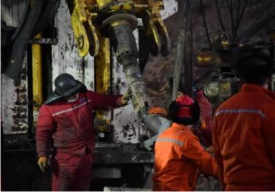 چین میں سونے کی کان میں دھماکہ، 12 کان کن پھنس گئے۔