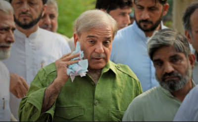قائد حزب اختلاف شہباز شریف طبیعت خراب ہونے پر انمول ہسپتال منتقل