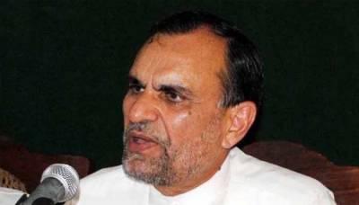 'مافیا سے نہیں لڑسکتا'، وزیر ریلوے اعظم سواتی کے اسٹاف آفیسر مستعفی