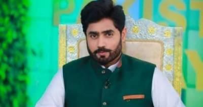 پی ٹی آئی رہنما ابرار الحق کی گاڑی کو حادثہ، بھتیجا زخمی