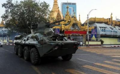 میانمار: فوجی بغاوت کےخلاف مظاہروں کی شدت ختم کرنے کیلئے مزید دستے طلب, انٹرنیٹ پرپابندی