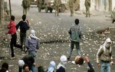 غرب اردن میں یہودی آباد کاروں اور فلسطینیوں کے درمیان جھڑپیں